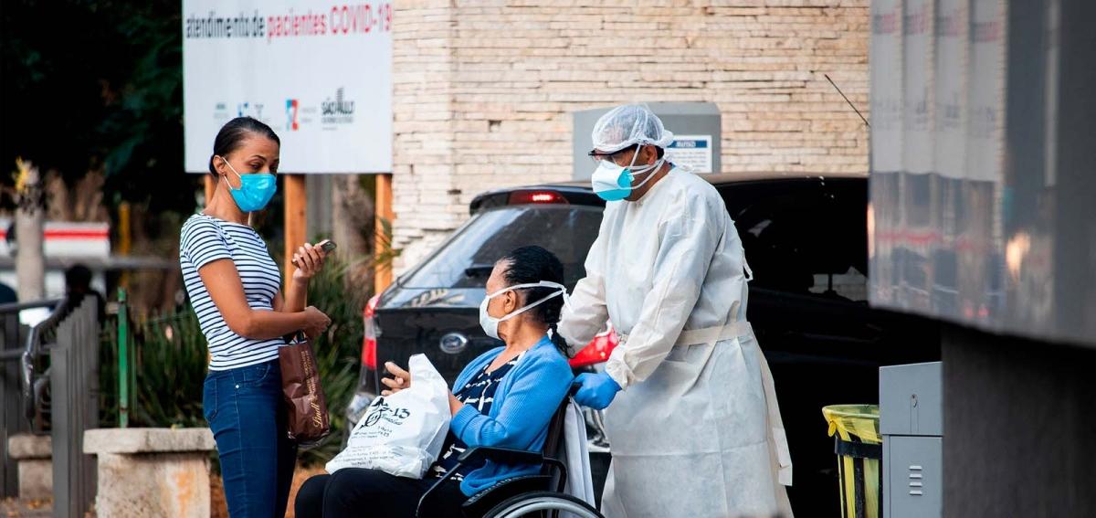 Hiện Ấn Độ là điểm nóng của dịch bệnh khi ghi nhận hơn 275.000 ca mắc mới chỉ trong một ngày. Ảnh: Reuters