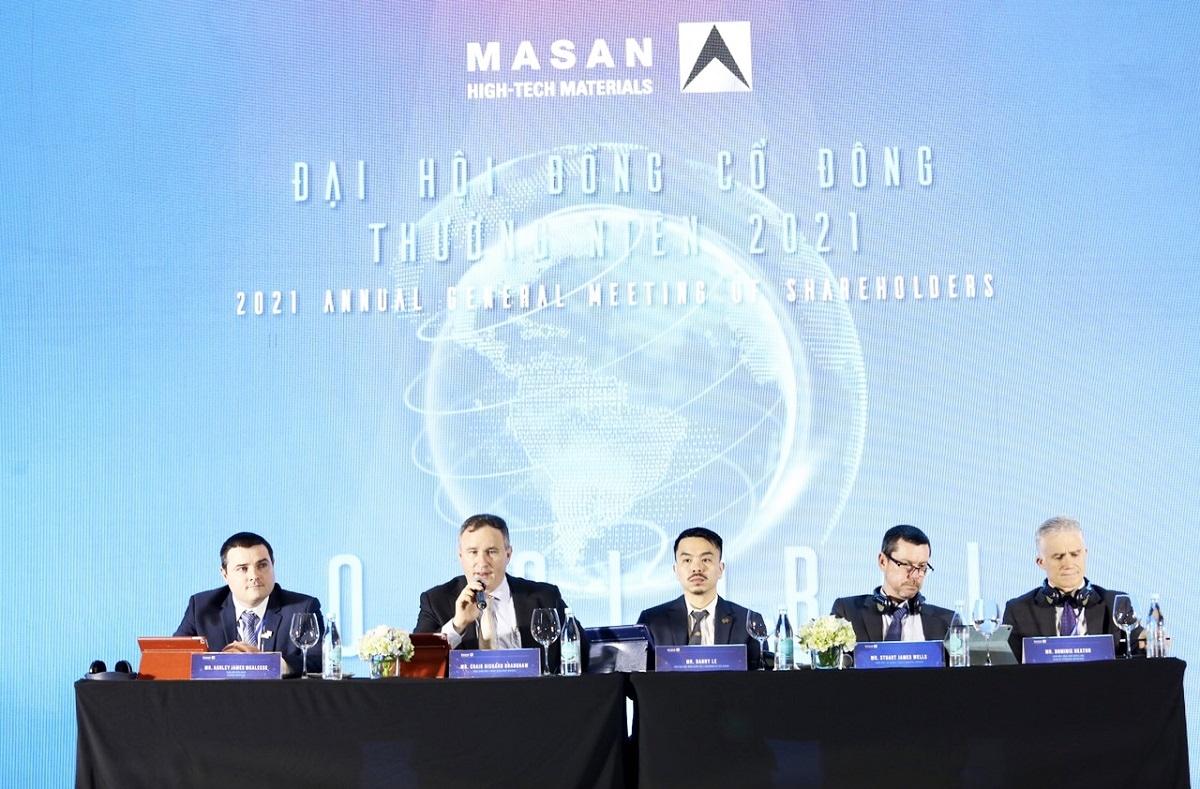 Ban lãnh đạo MHT trả lời các câu hỏi của cổ đông và nhà đầu tư