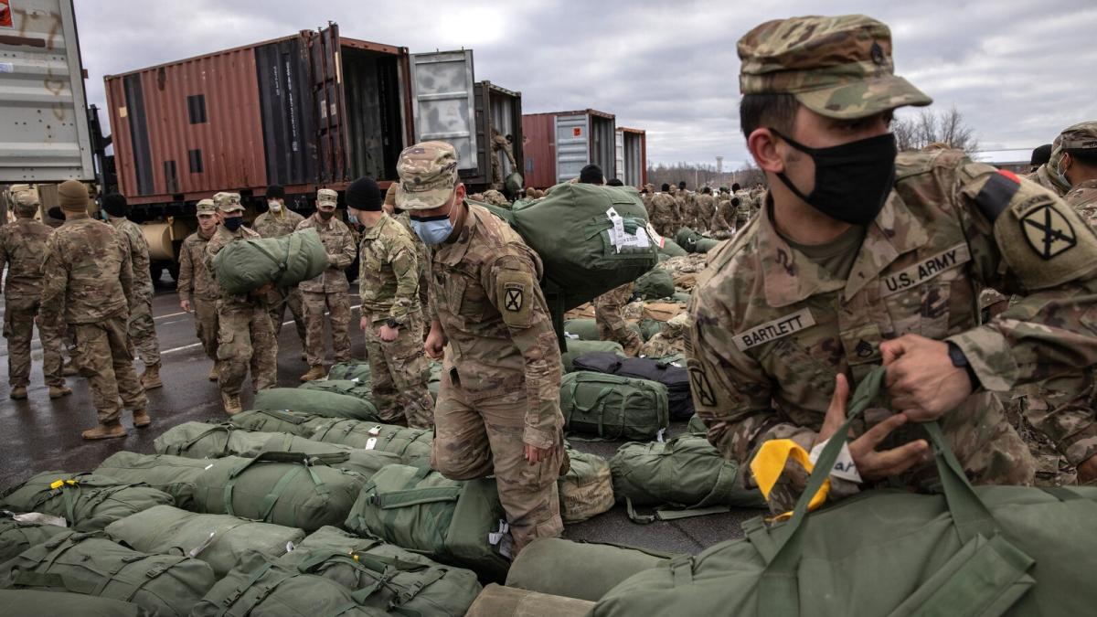 Binh sỹ Mỹ trở về căn cứ Fort Drum, New York năm 2020 sau 9 tháng triển khai ở Afghanistan. Ảnh: Getty