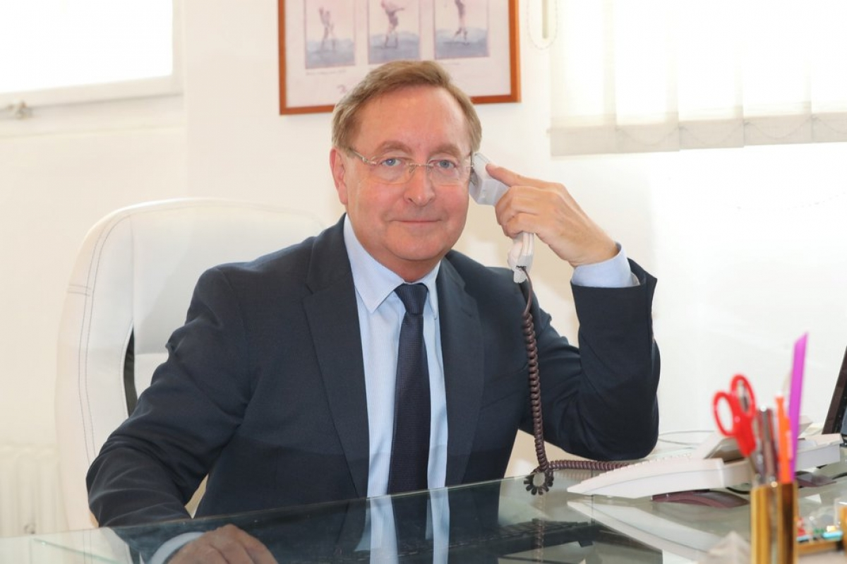 Tân Bộ trưởng Y tế Séc Petr Arenberger.