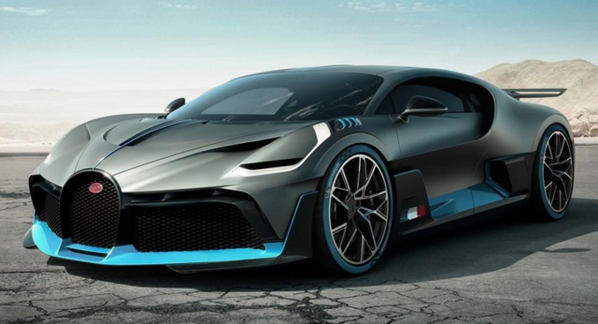 Siêu xe Bugatti Divo có giá khoảng 6 triệu USD.