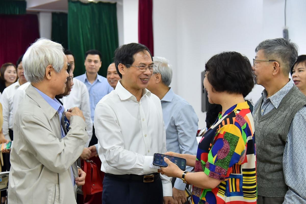 Cử tri thống nhất đánh giá ông Bùi Thanh Sơn có đầy đủ các tiêu chuẩn của người đại biểu Quốc hội, đại diện cho tiếng nói cử tri.