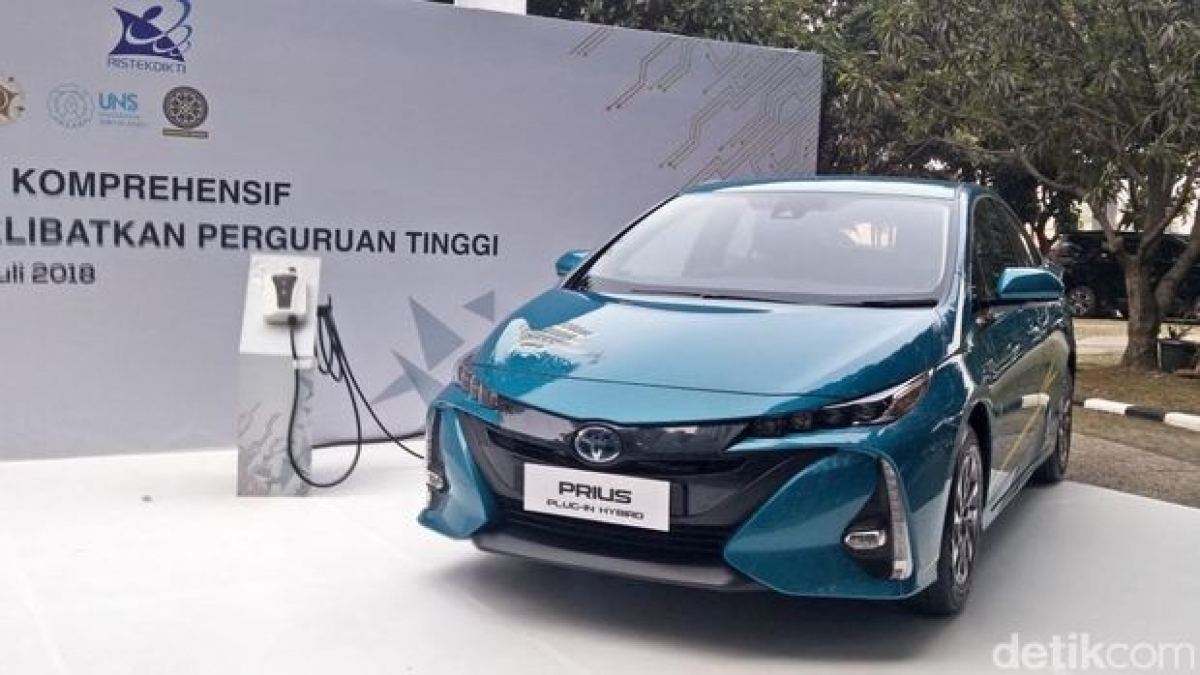 Ô tô điện của hãng Toyota tại Indonesia. Ảnh: Detik