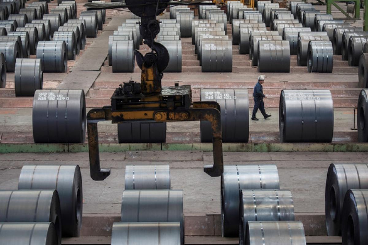 Nhà máy thép ở Trùng Khánh, Trung Quốc - Ảnh: REUTERS