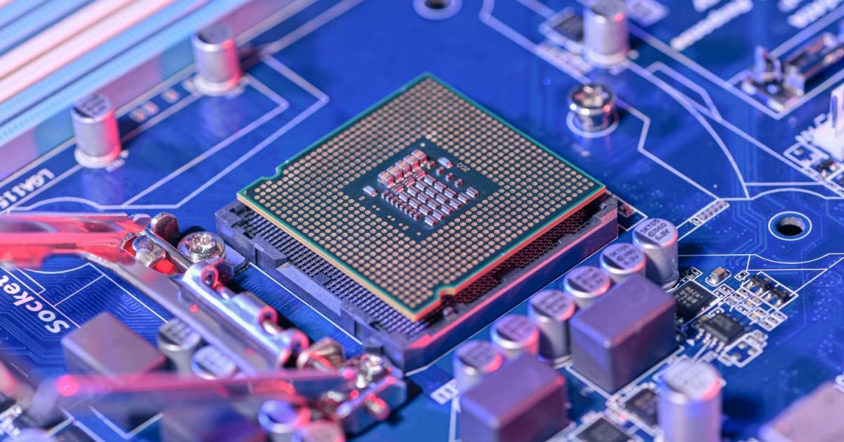 Huawei tố các lệnh trừng phạt của Mỹ với công ty là một phần lý do dẫn dến tình trạng thiếu chip hiện nay. (Ảnh minh họa: KT)