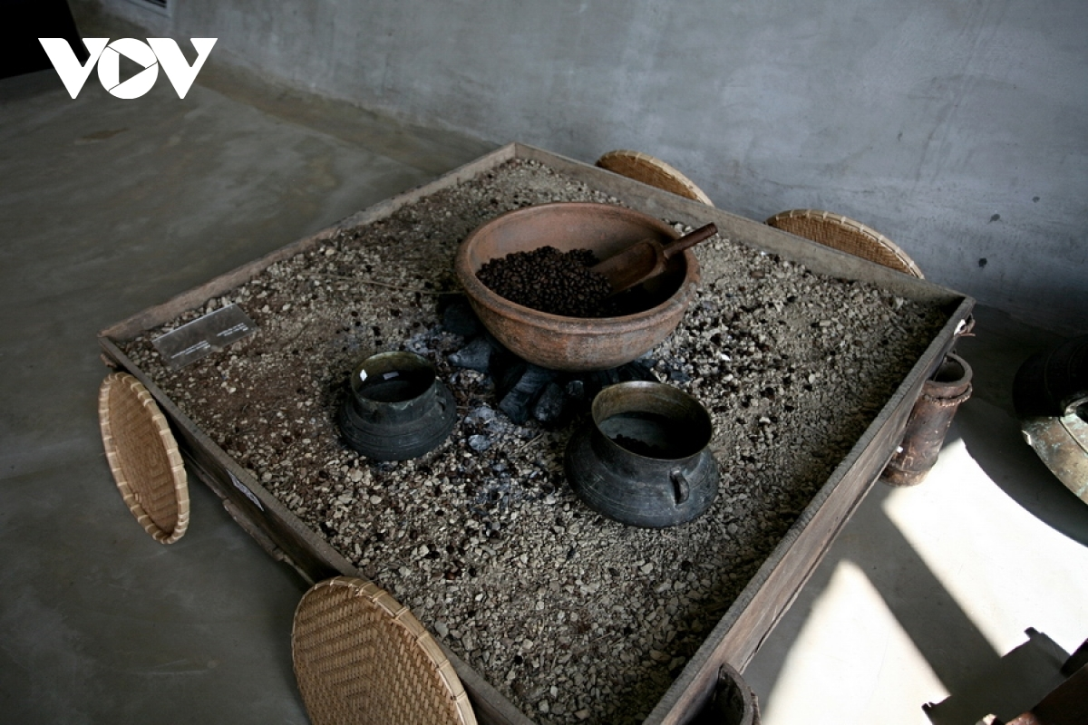 An interactive area allows visitors to fully experience the local coffee culture.