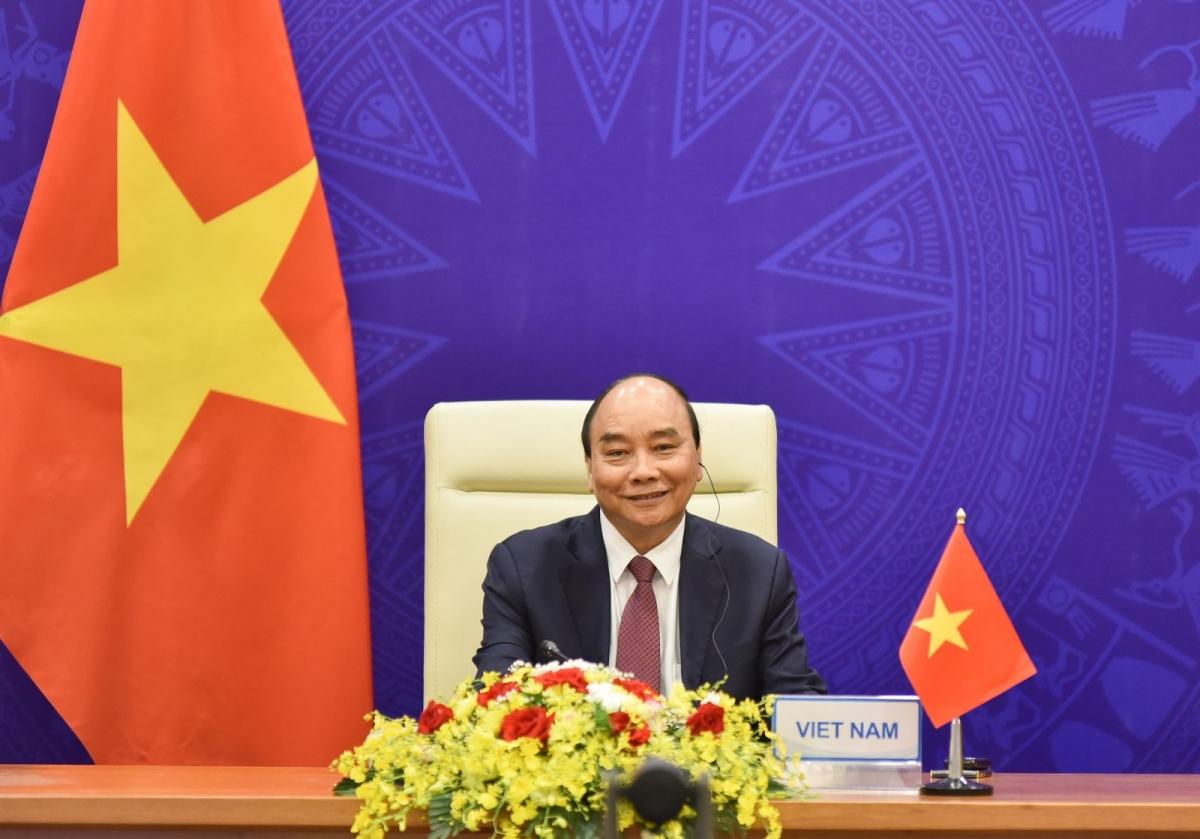 Chủ tịch nước Nguyễn Xuân Phúc đã tham dự Phiên khai mạc trọng thể Hội nghị thượng đỉnh về Khí hậu.