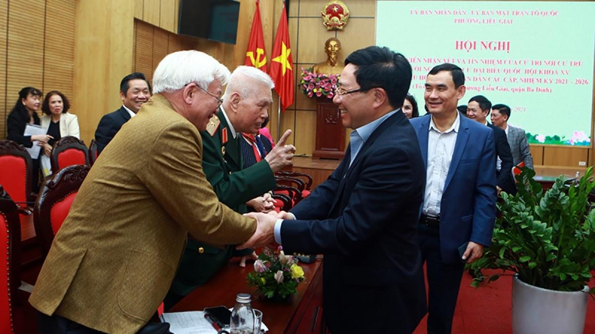 Cử tri phường Liễu Giai tín nhiệm Phó Thủ tướng Phạm Bình Minh ứng cử ĐBQH.