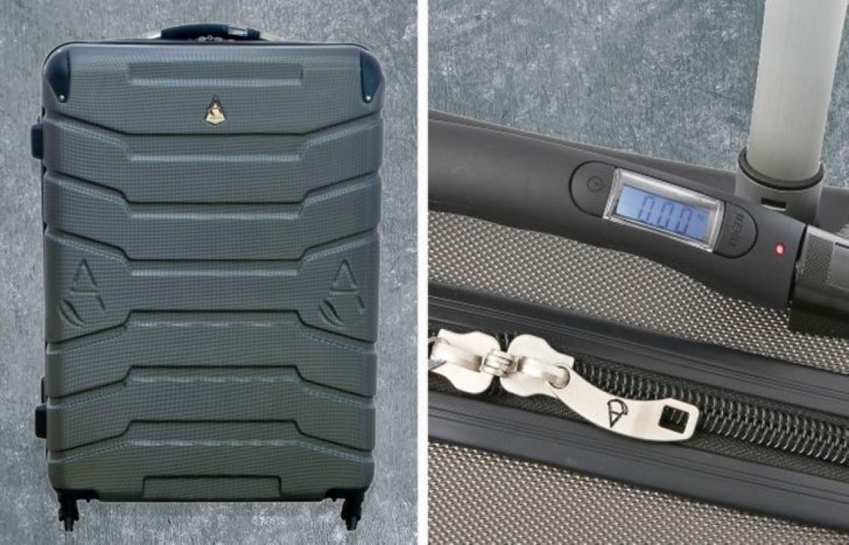 Vali kéo có tích hợp chức năng tự cân giúp bạn kiểm soát được khối lượng hành lý.