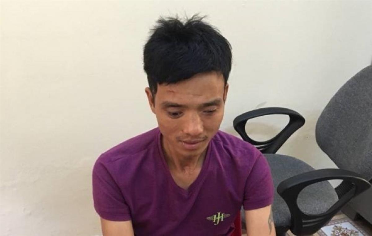 Nguyễn Đình Nhu tại cơ quan công an.