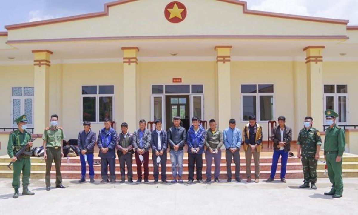 The men arrested in Dien Bien for involvement in illegal exit