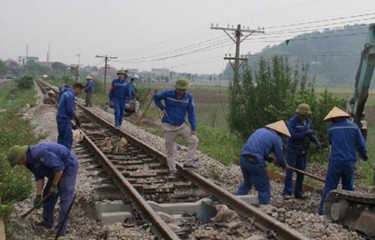 Bộ GTVT khẳng định, việc giao vốn bảo trì đường sắt năm 2021 theo đúng các quy định pháp luật. Ảnh minh họa.