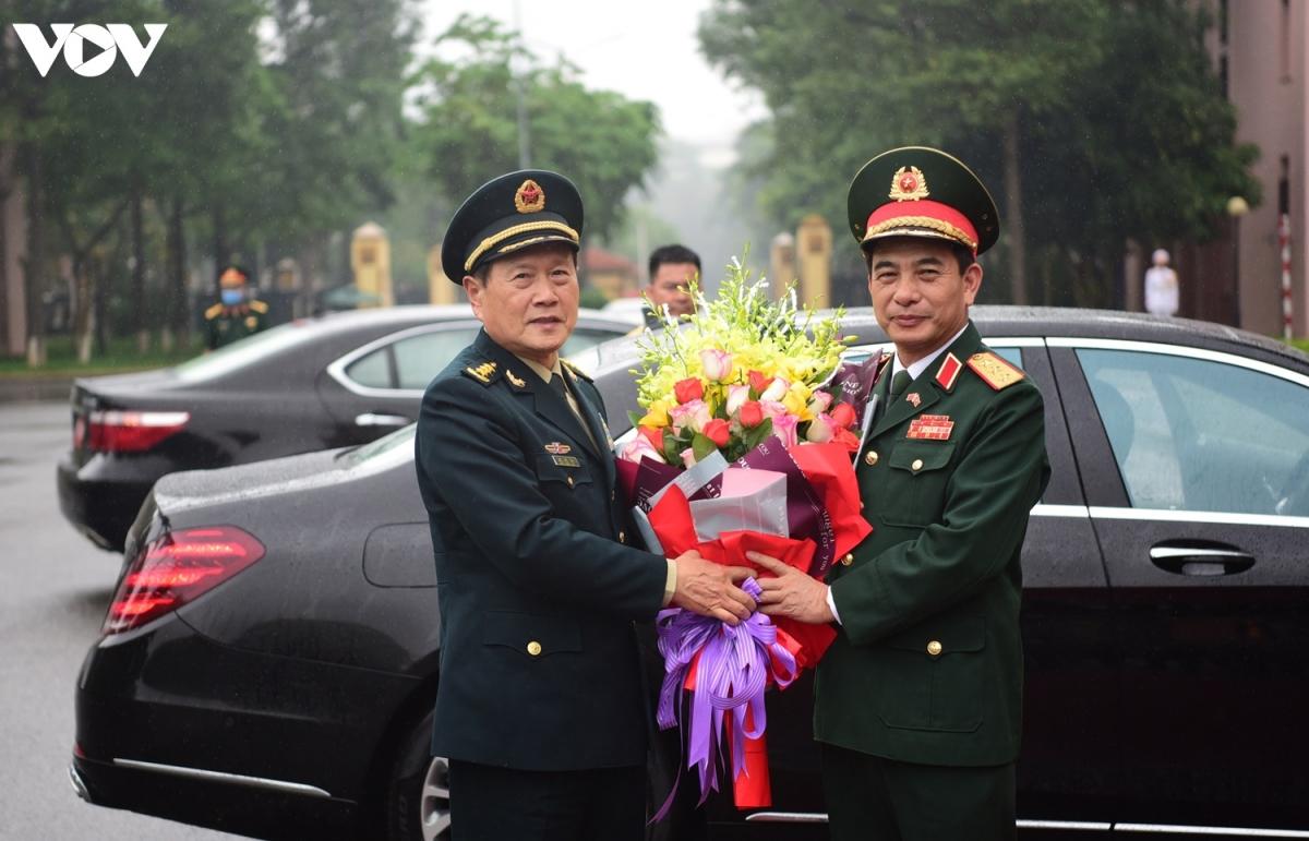 Nhận lời mời của Thượng tướng Phan Văn Giang, Ủy viên Bộ Chính trị, Bộ trưởng Bộ Quốc phòng, Thượng tướng Ngụy Phượng Hòa, Ủy viên Quốc vụ,Bộ trưởng Bộ Quốc phòng Trung Quốc, dẫn đầu đoàn đại biểu quân sự cấp cao Trung Quốc sang thăm chính thức Việt Nam.