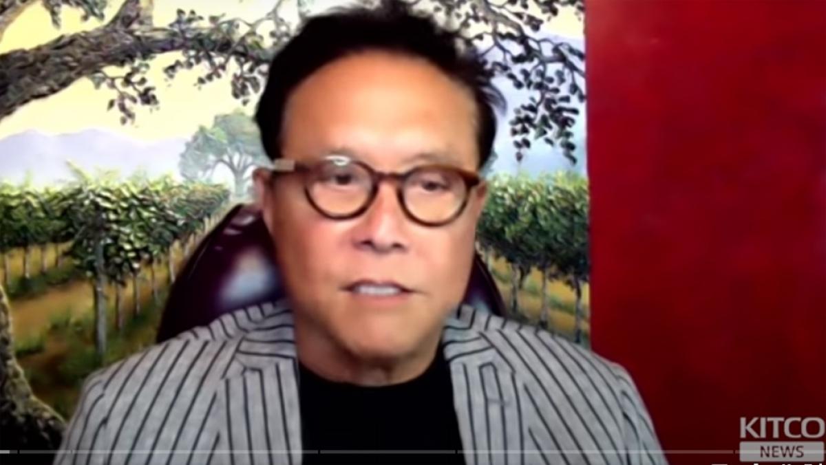 Ông Robert Kiyosaki là một doanh nhân, nhà giáo dục và nhà dự báo tài chính.