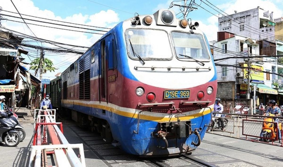Đường sắt Việt Nam đang rơi vào khó khăn. (Ảnh: VNR)
