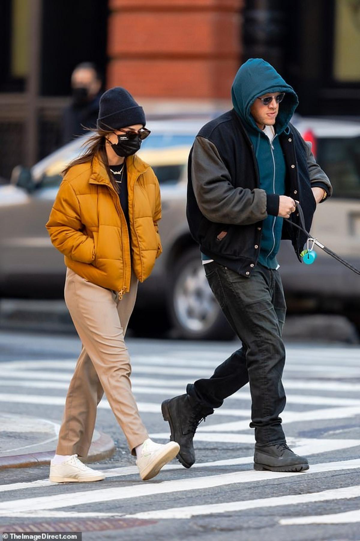 Emily kết hôn với Sebastian Bear-McClard vào năm 2018. Bear-McClard là nhà sản xuất của bộ phim Good Time, dự án có sự tham gia của Robert Pattinson.