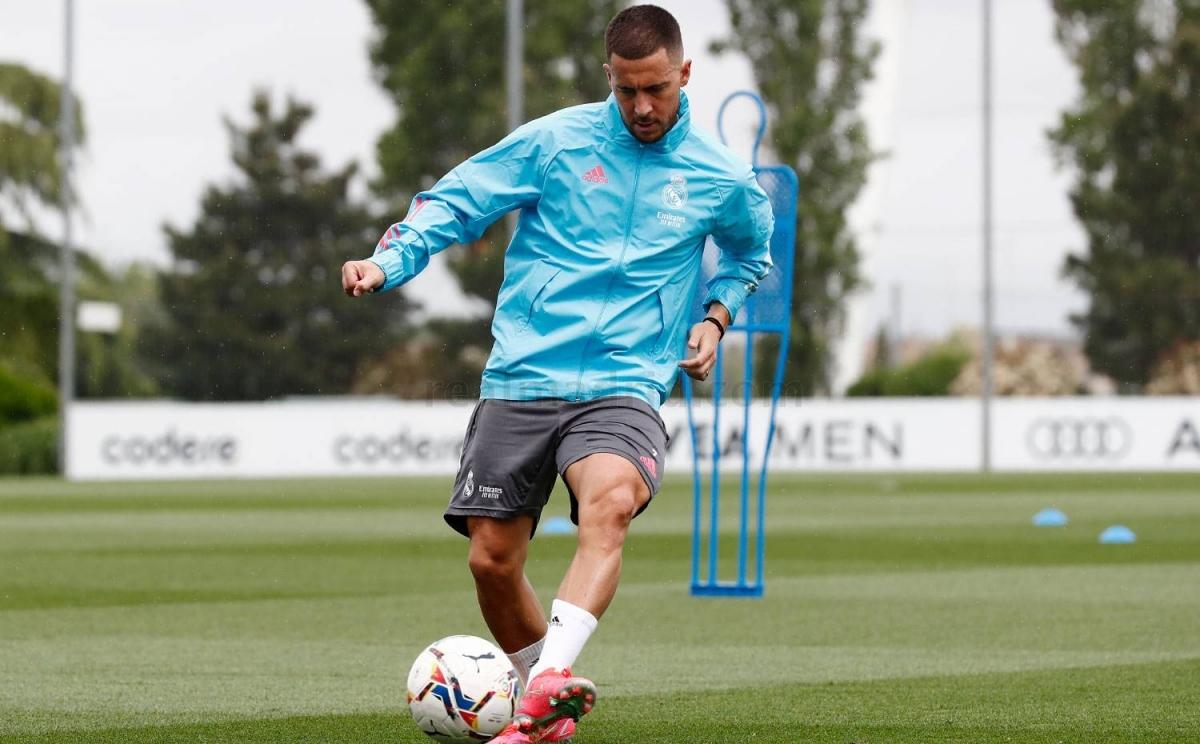Hazard đang nỗ lực tập luyện để có thể đối đầu Chelsea. (Ảnh: Real Madrid).