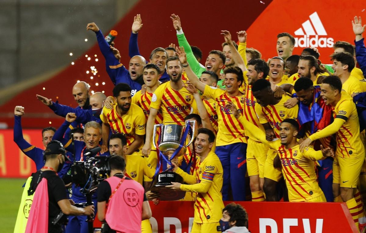 Barca có danh hiệu đầu tiên dưới thời HLV Koeman. (Ảnh: Reuters).