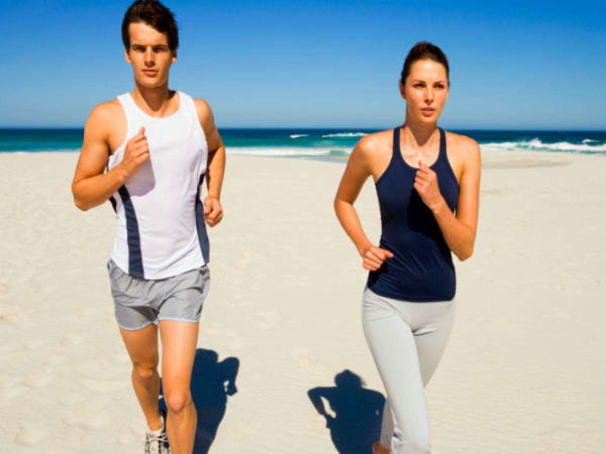 Vận động nhiều hơn: Nếu bạn muốn giảm mỡ, đặc biệt là mỡ bụng, bạn cần thực hành các bài tập cardio. Đây là cách tốt nhất để giảm mỡ thừa và cải thiện sức khỏe tim mạch.