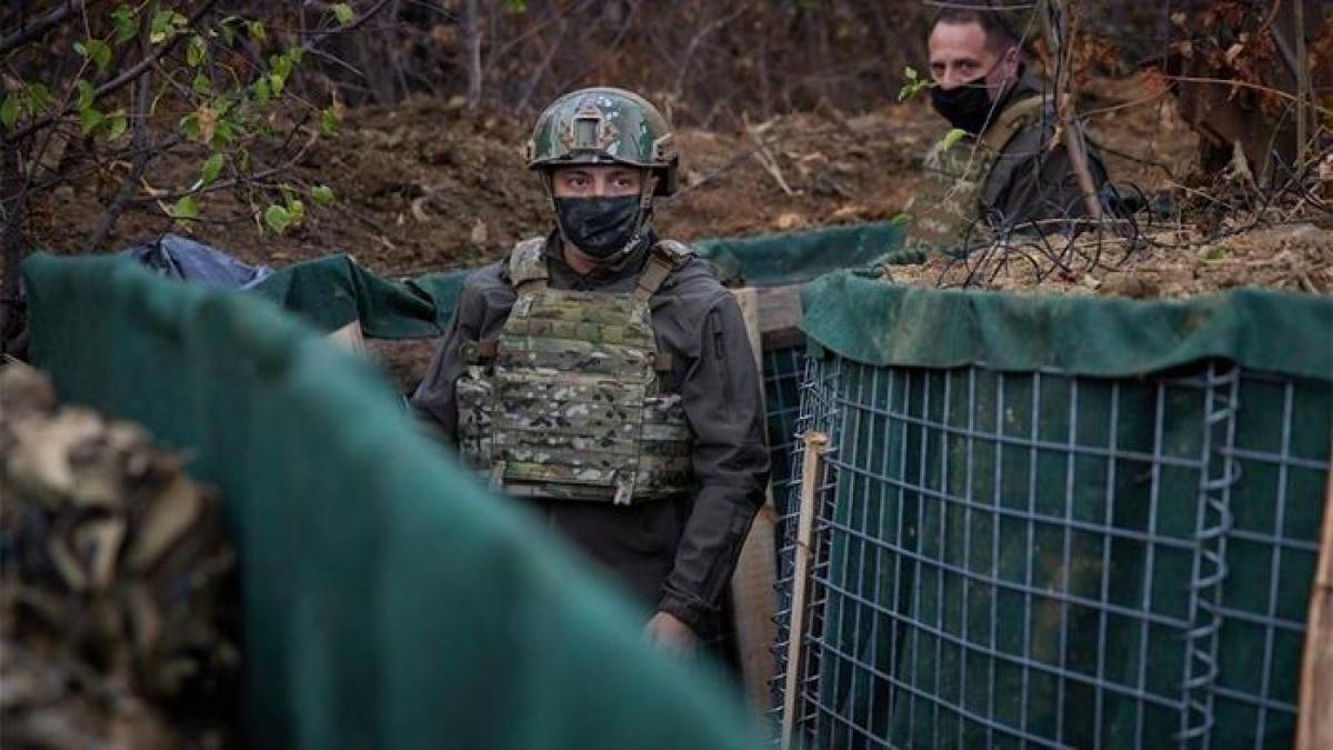 Tổng thống Ukraine Vladimir Zelensky muốn cải thiện hiệu quả lệnh ngừng bắn ở Donbass. (Ảnh: President.gov.ua)