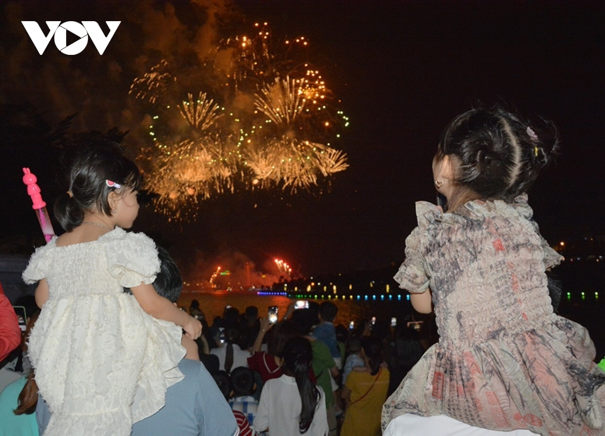 Many children are curious about the fireworks display which lasts approximately 15 minutes.