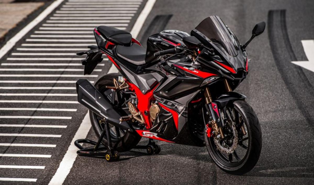 Mẫu mô tô có thiết kế tương đồng với Yamaha YZF-R1.