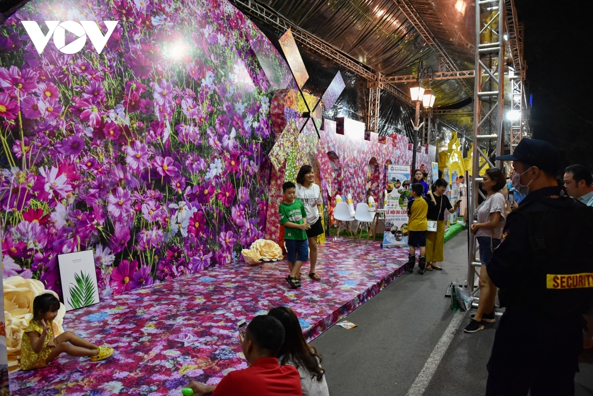 The festival also features a well-decorated space in which visitors can snap pictures.
