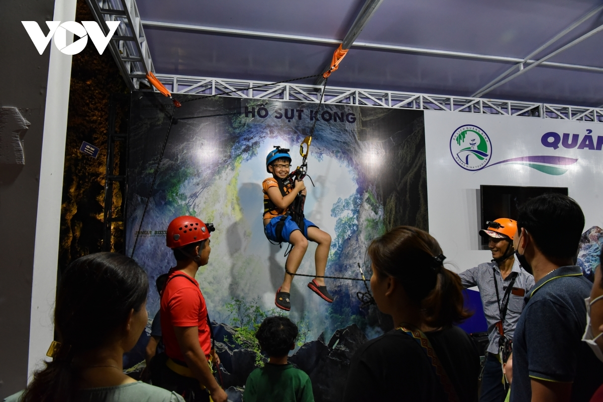 Tours which allow guests to discover caves located in the central province of Quang Binh prove very exciting for crowds at the occasion.