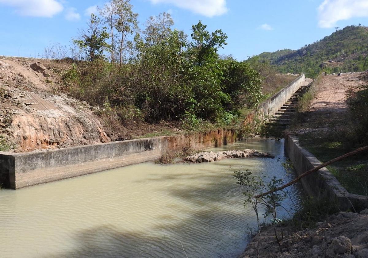Hố nước nơi 3 học sinh đuối nước thương tâm.