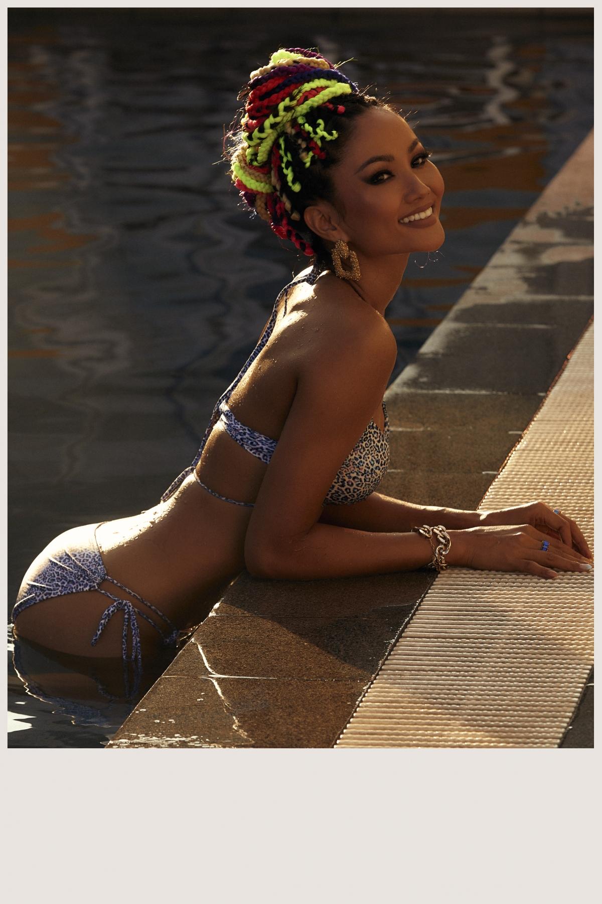 H'Hen Niê chọn một resort sang trọng có bối cảnh thích hợp với chủ đề mà cô và ê kíp ưng ý.