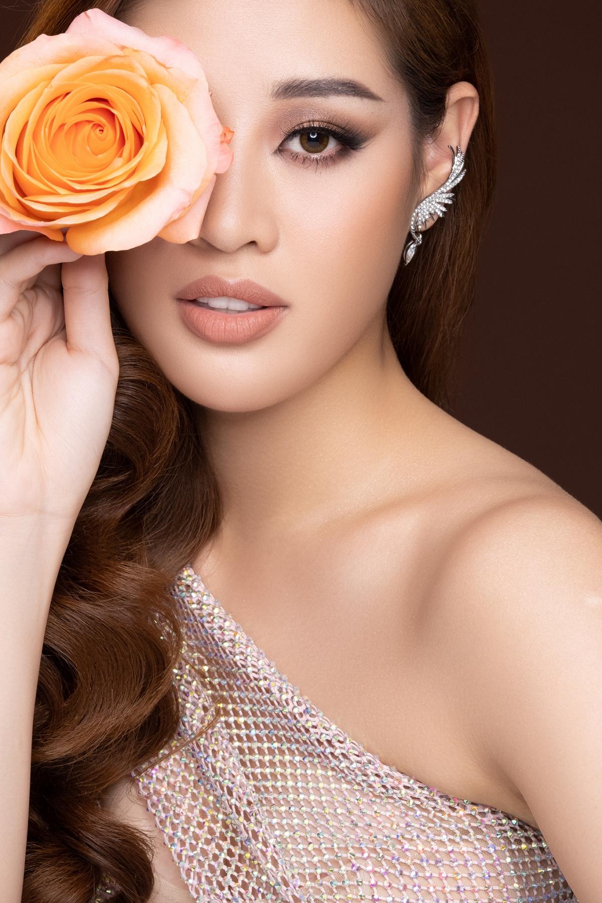 Hiện, Hoa hậu Khánh Vân đang tích cực tập luyện chuẩn bị cho Miss Universe tổ chức tại Mỹ vào tháng 5./.