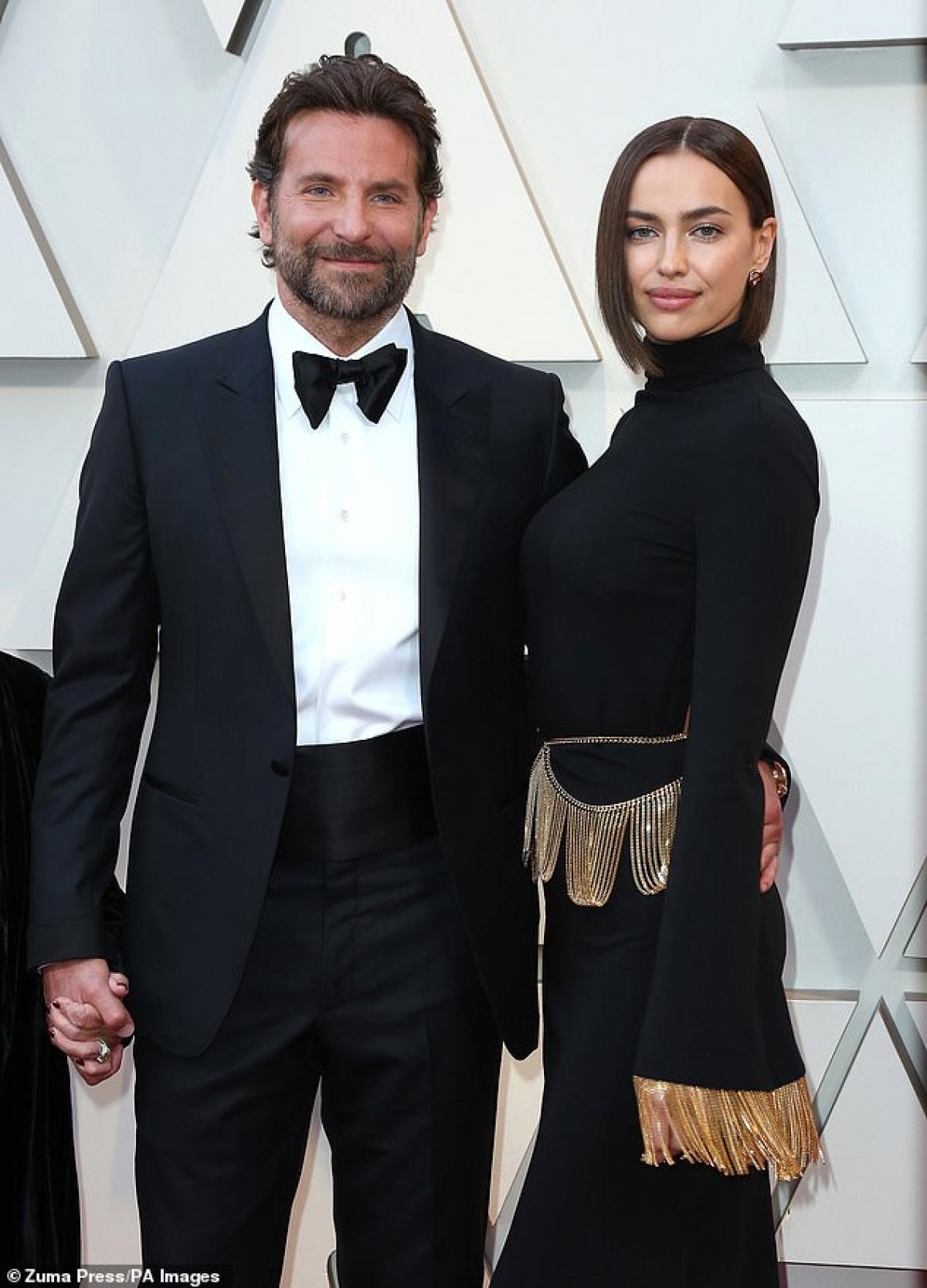 Irina Shayk từng có thời gian yêu đương mặn nồng với chàng cầu thủ đào hoa Cristiano và sau đó là tài tử Bradley Cooper.