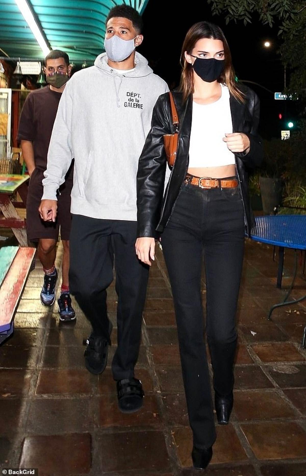 Ở tuổi 24, Kendall Jenner có cuộc sống sang chảnh và nhiều người hâm mộ.