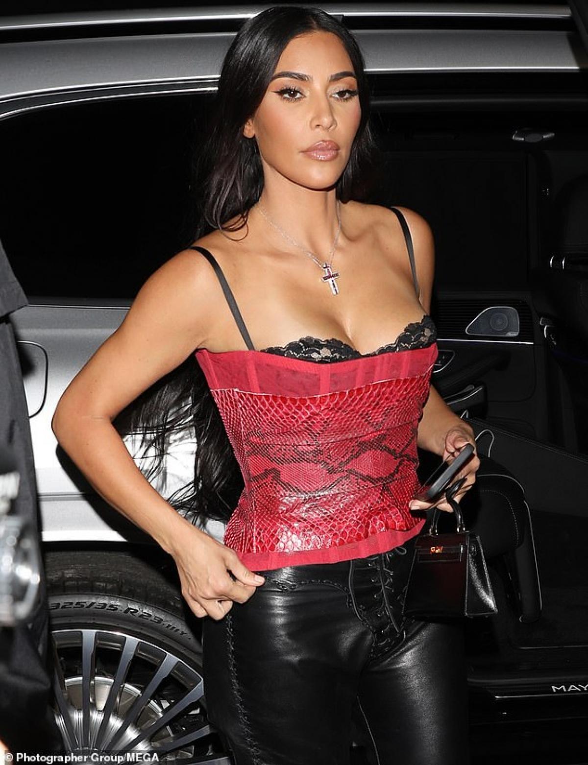 Kim và Kanye West tổ chức một đám cưới xa hoa ở Italia vào tháng 5 năm 2014.