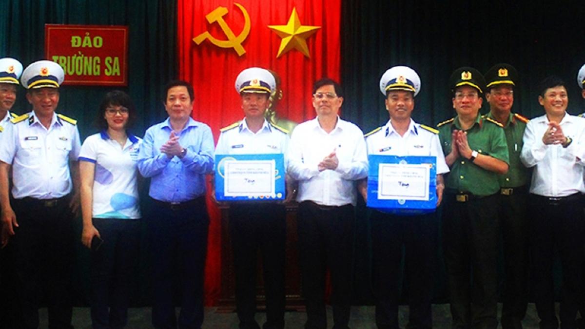 Ủy ban Bầu cử tỉnh Khánh Hòa kiểm tra công tác chuẩn bị bầu cử tại Trường Sa