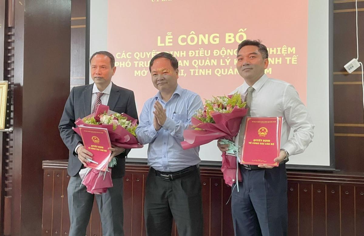 Lãnh đạo UBND tỉnh Quảng Nam trao quyết định bổ nhiệm 2 phó Trưởng Ban quản lý Khu kinh tế mở Chu Lai