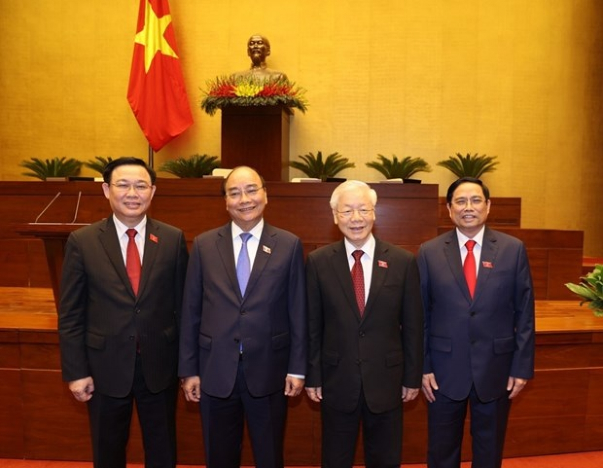 From left: National Assembly Chairman Vuong Dinh Hue, State President Nguyen Xuan Phuc, Party General SecretaryNguyen Phu Trong, and Prime Minister Pham Minh Chinh in a group photo (Photo: VNA)