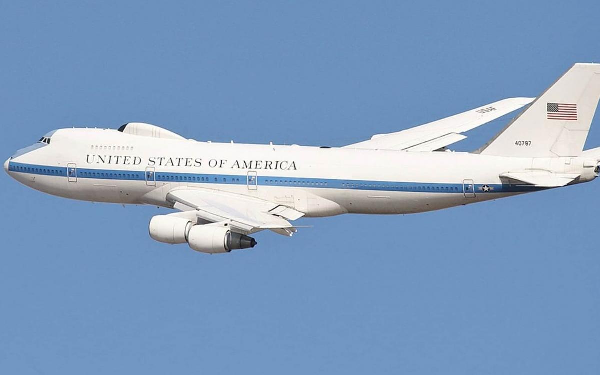Máy bay Mỹ. Ảnh: PBJ.