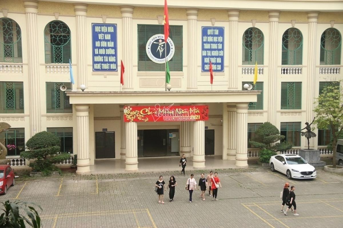 Hơn 300 học sinh hệ Trung cấp và Cao đẳng của Học viện Múa Việt Nam đã có đơn kêu cứu về việc chưa được cấp bằng tốt nghiệp văn hóa. (Ảnh: KT)