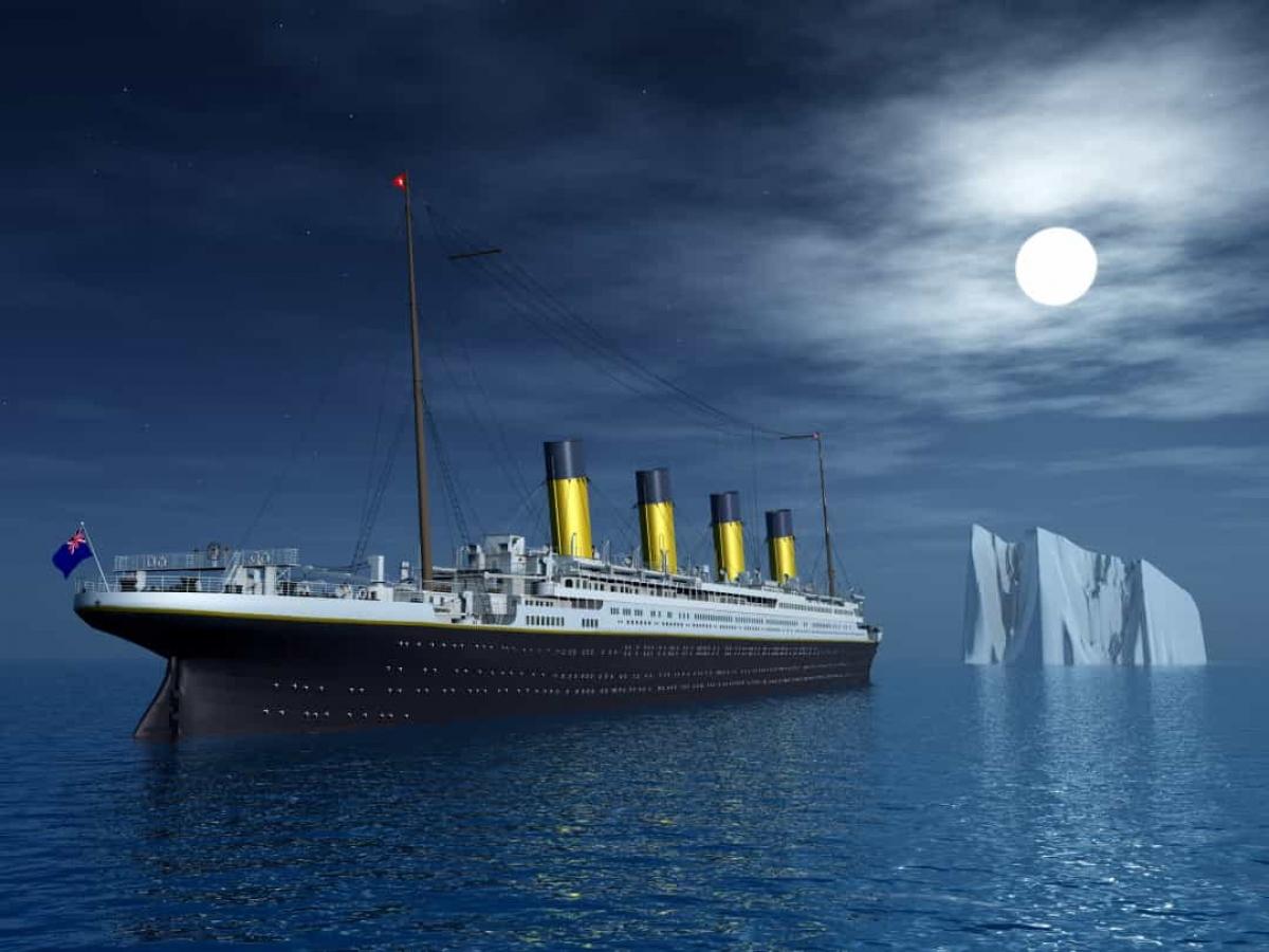 Con tàu Titanic có thể đã được cứu. Tuy nhiên, đường dây liên lạc của tàu bị chậm 30 giây khiến thuyền trưởng không kịp thay đổi lộ trình.
