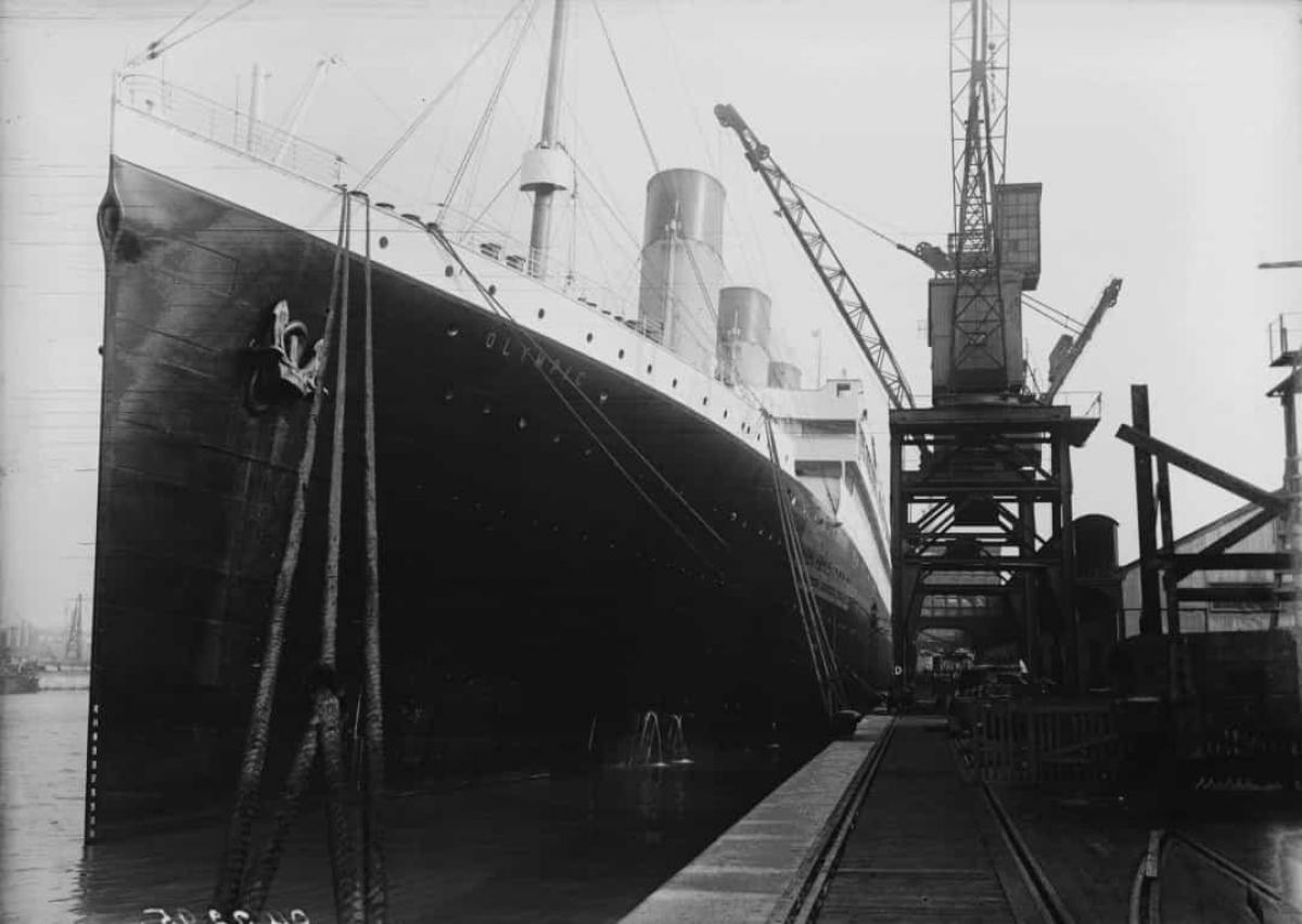 Không ai còn sống trong số 30 kỹ sư nỗ lực cứu con tàu Titanic thoát khỏi thảm kịch.Họ tiếp tục làm việc cho đến phút cuối với hy vọng tất cả hành khách có thể thoát ra ngoài.