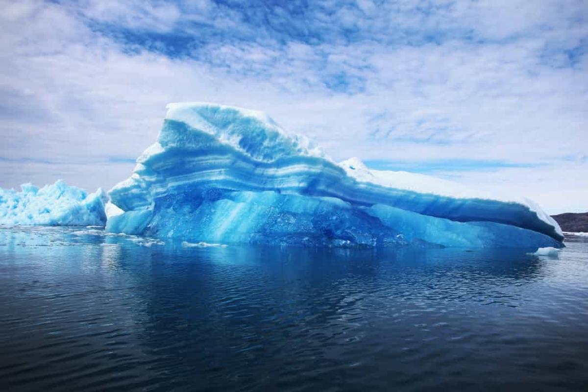 Các nhà khoa học tin rằng tảng băng trôi mà tàu Titanic đâm phải đã được hình thành khoảng năm 1000 trước Công nguyên.