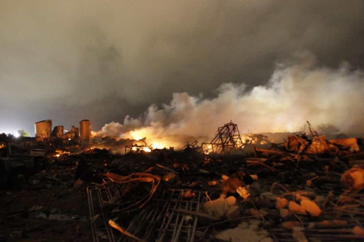 Vụ nổ Công ty Phân bón West (ngày 17/4/2013).Sau vụ cháy nhà máy phân bón, một vụ nổ do amoni nitrat đã xảy ra, khiến 15 người chết và hơn 160 người bị thương./.