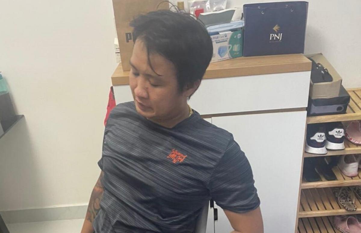 """Nghi can Nguyễn Vũ Anh Tuấn cầm đầu đường dây số đề """"khủng"""" bị bắt."""