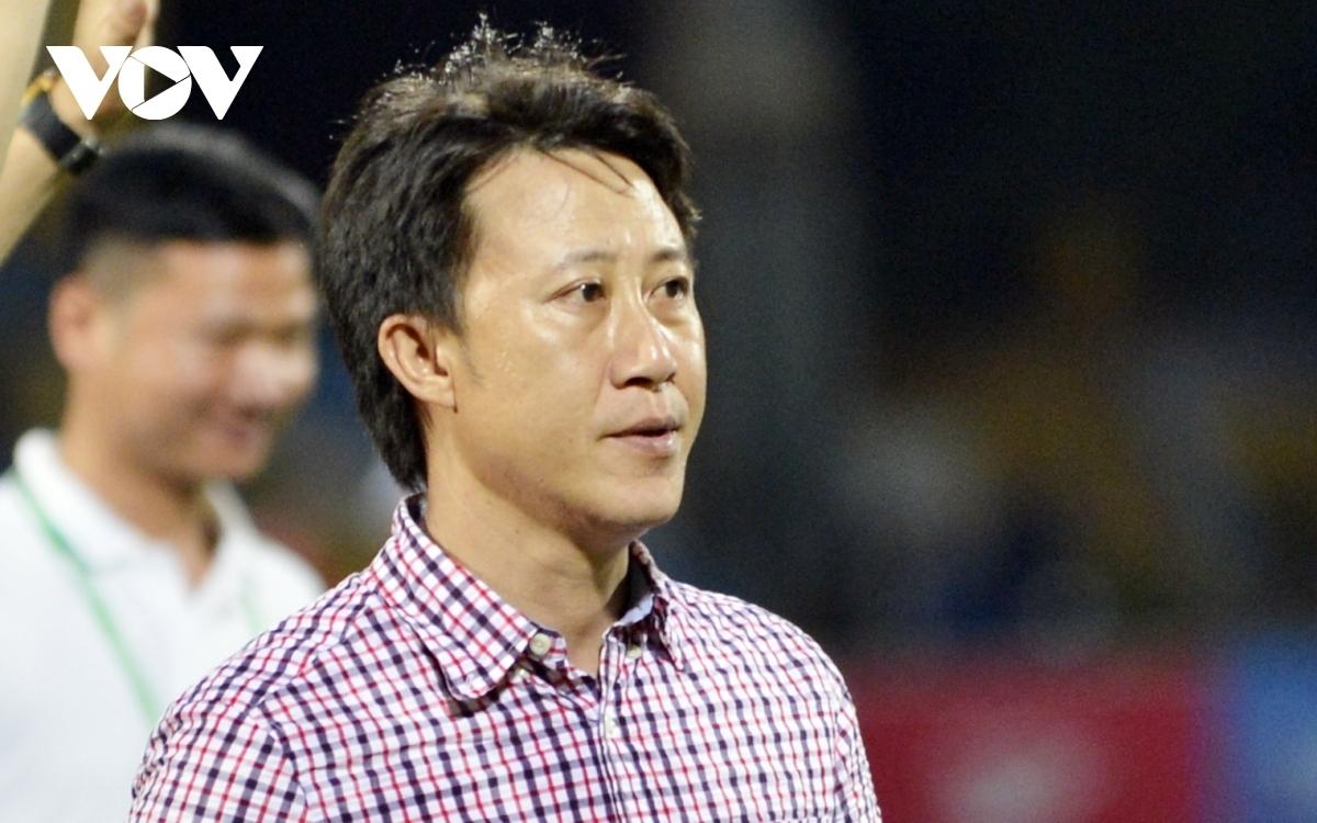 HLV Thành Công nhận lời dẫn dắt Hà Tĩnh từ vòng 10 V-League 2021. (Ảnh: Dương Thuật).