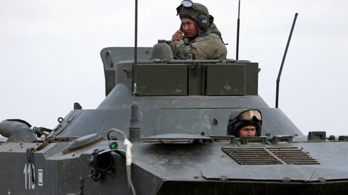 Quân Nga ở Crimea. Ảnh: Getty.