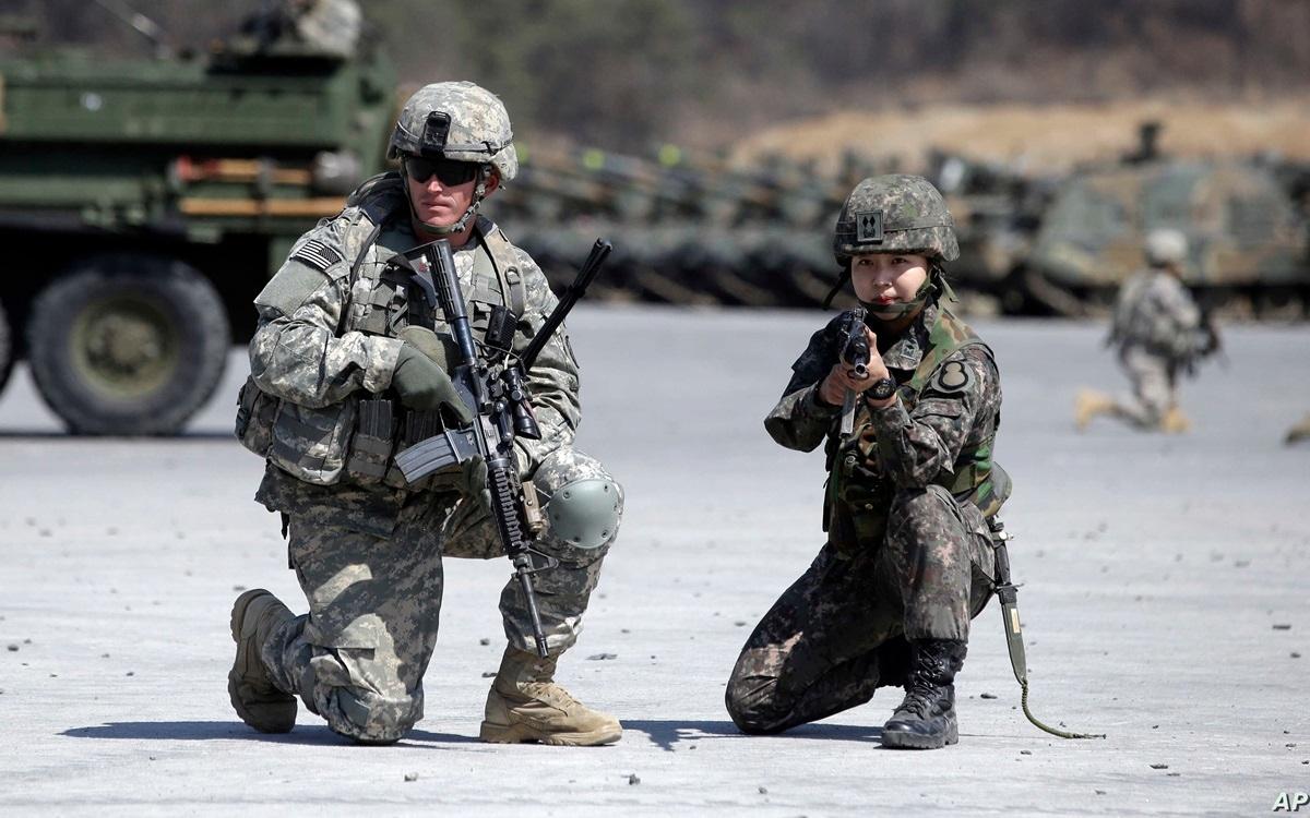 Quân nhân Mỹ và Hàn Quốc. Ảnh: AP.