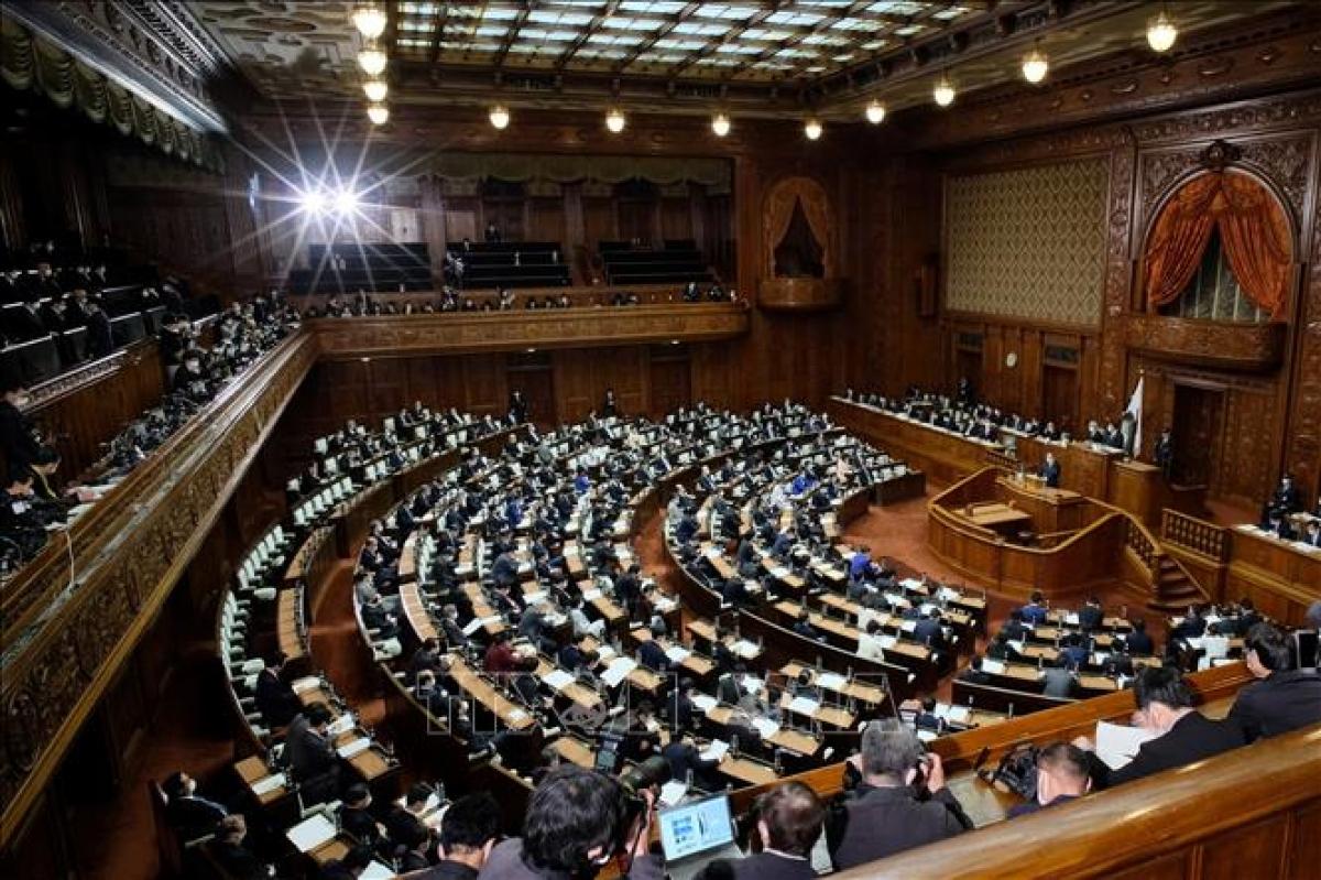 Toàn cảnh một phiên họp Quốc hội Nhật Bản tại Tokyo. (Ảnh: AFP/TTXVN)