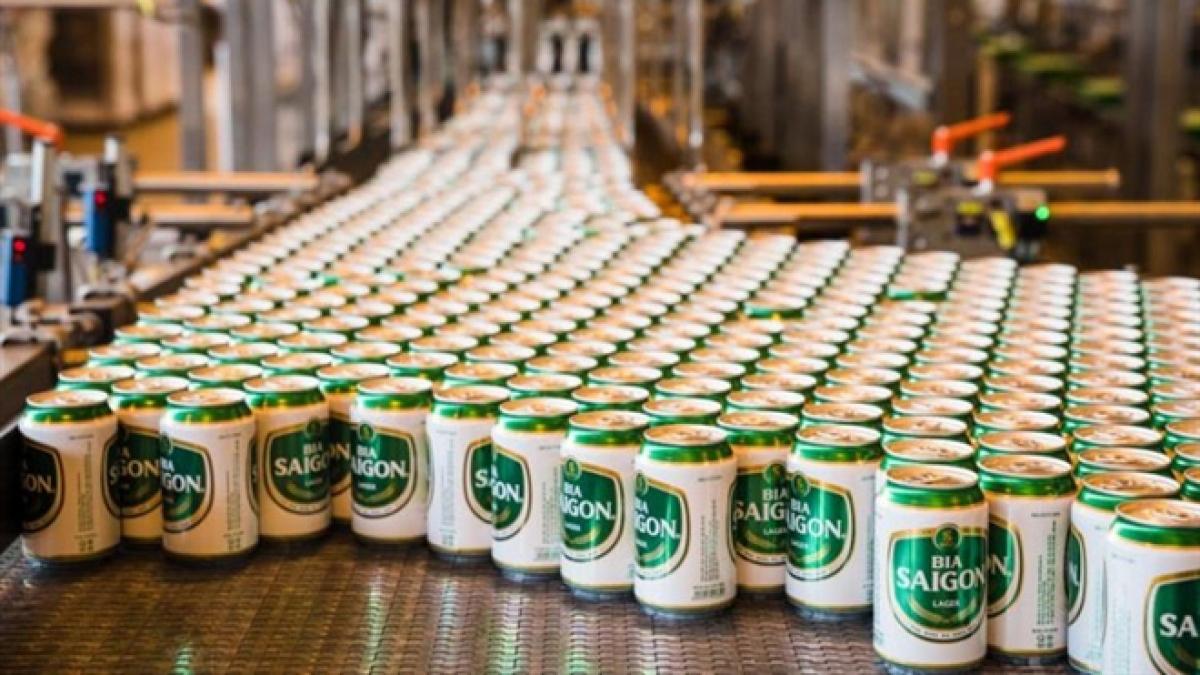 Nhân viên Heineken không cho đại lý bán bia Sabeco. (Ảnh minh họa)