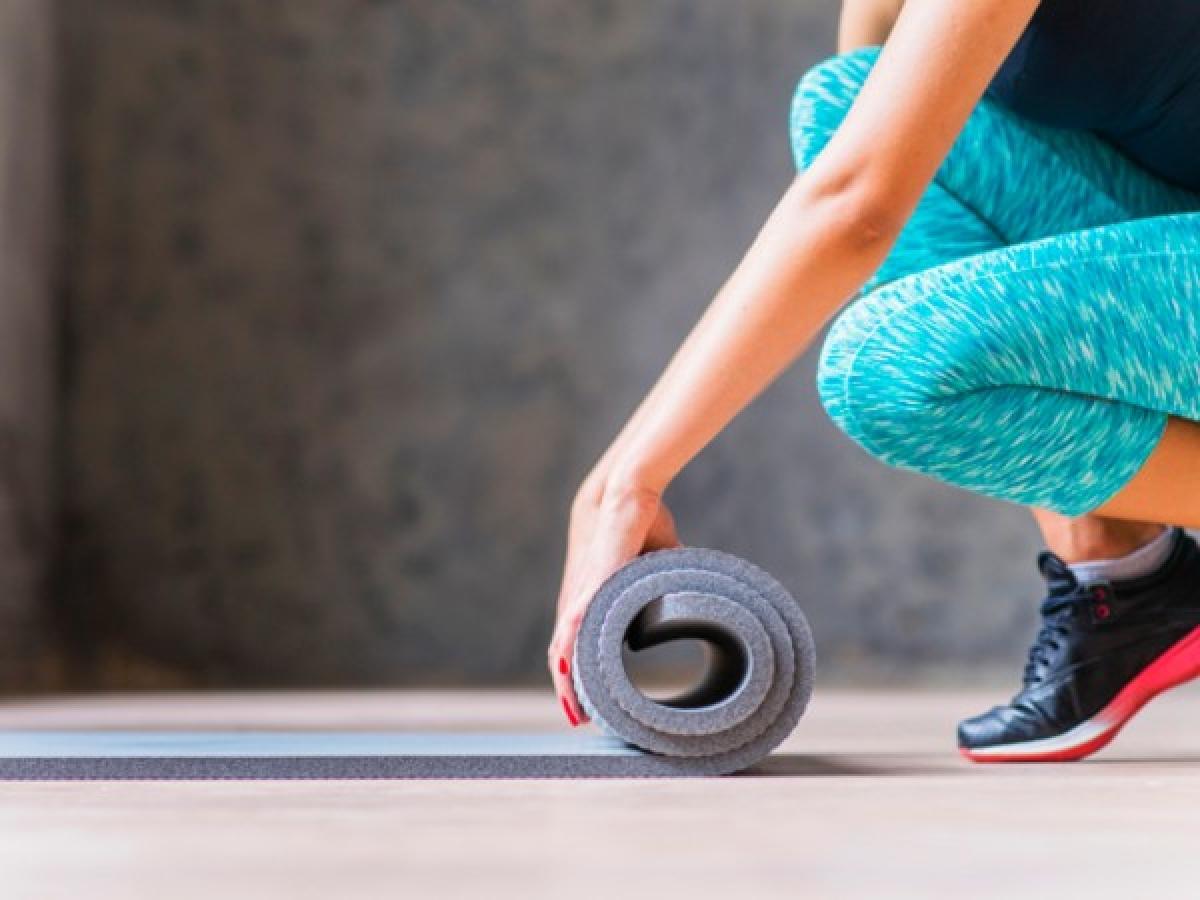 Không tập thể dục: Tập thể dục buổi sáng giúp bạn đốt cháy nhiều calo hơn, từ đó có thể giúp phòng ngừa tăng cân. Nghiên cứu cho thấy tập thể dục buổi sáng trước khi ăn sáng giúp cơ thể đốt nhiều calo hơn, từ đó giúp giảm cân hiệu quả.